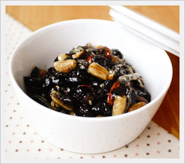 Nutritious Bean Simmered in Soy Sauce